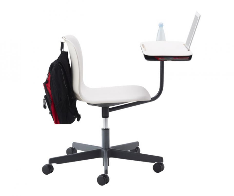 Witte stoel in de klas