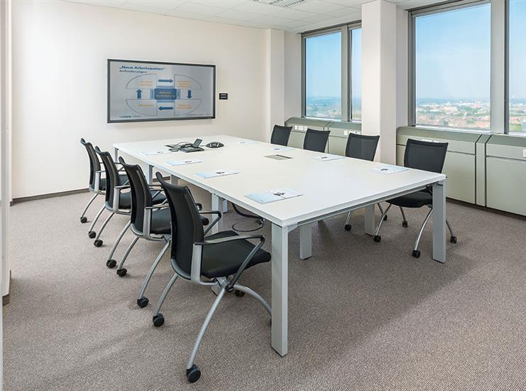 Witte vergader tafel