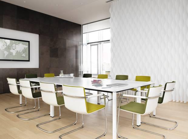 Vergader stoel groen en geel